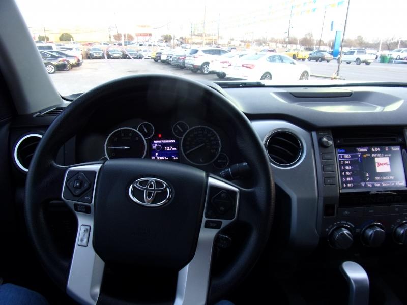 Toyota Tundra 2WD Truck 2016 price $19,500