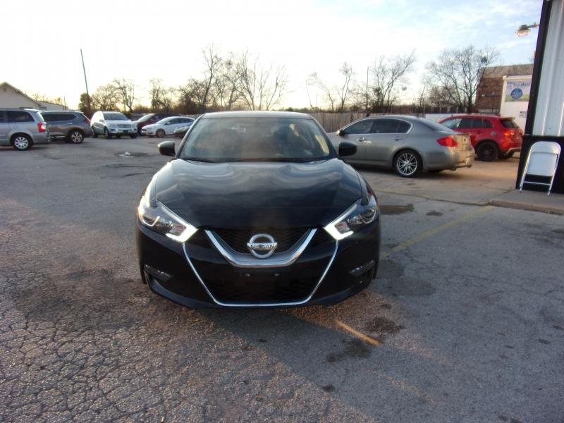 Nissan Maxima 2017 price $18,995