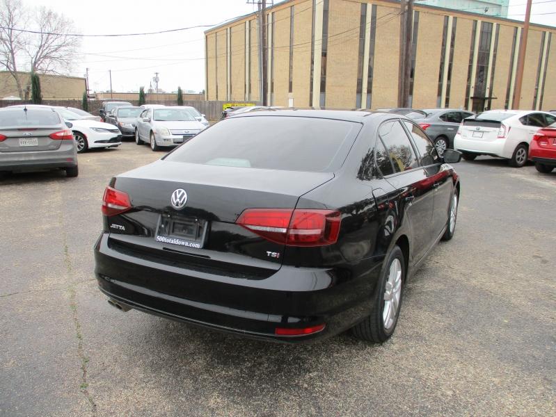 Volkswagen Jetta 2018 price $11,999