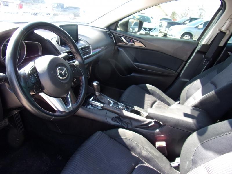 Mazda Mazda3 2016 price $11,500