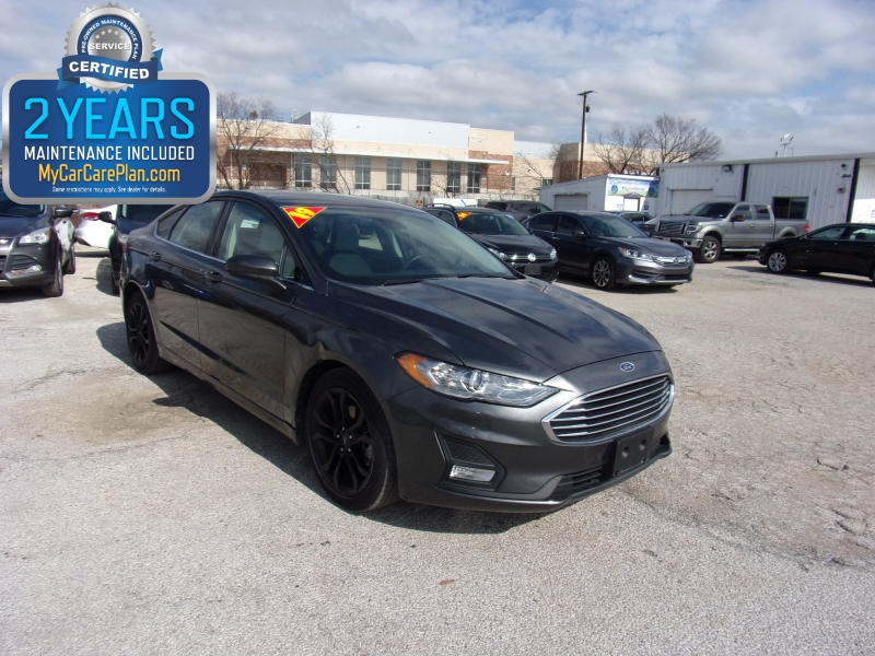 Ford Fusion 2019 price $16,995