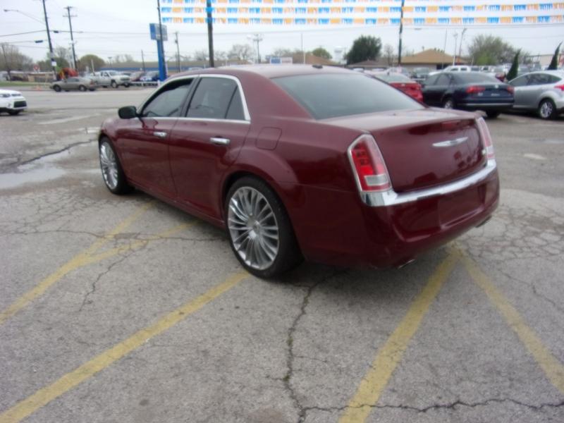 Chrysler 300 2014 price $10,995