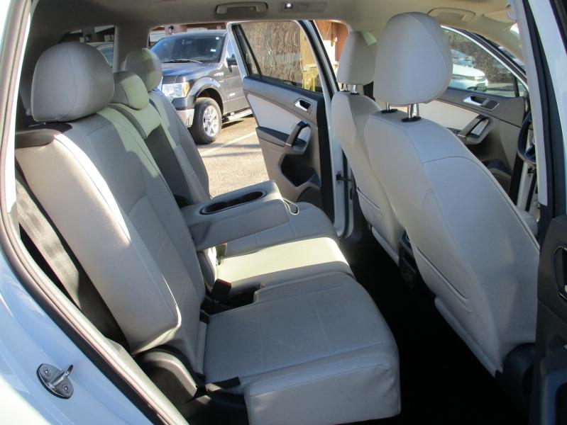 Volkswagen Tiguan 2018 price $16,500
