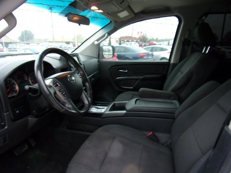 Nissan Titan 2015 price $17,995