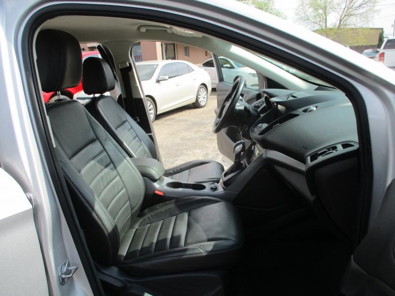 Ford Escape 2015 price $13,995