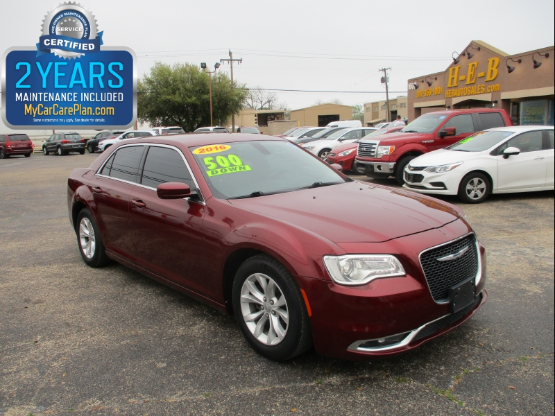 Chrysler 300 2016 price $13,995
