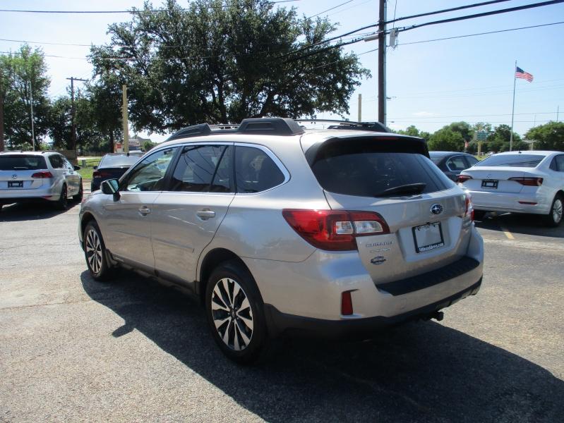 Subaru Outback 2015 price $14,500