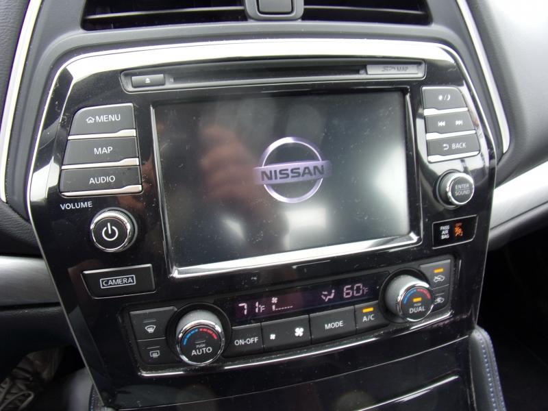 Nissan Maxima 2017 price $17,995