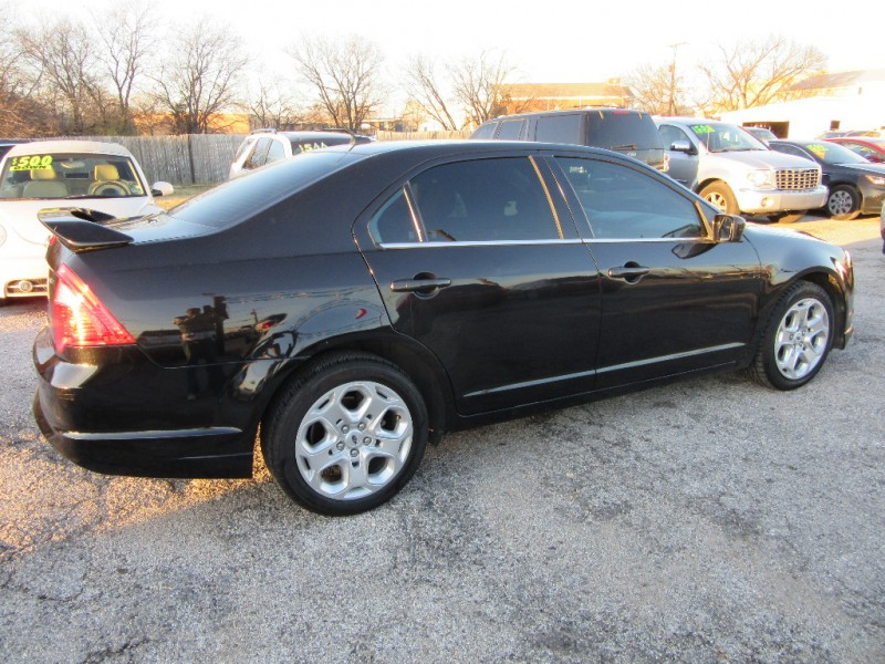 Ford Fusion* salvage title cash only 2011 price $5,500