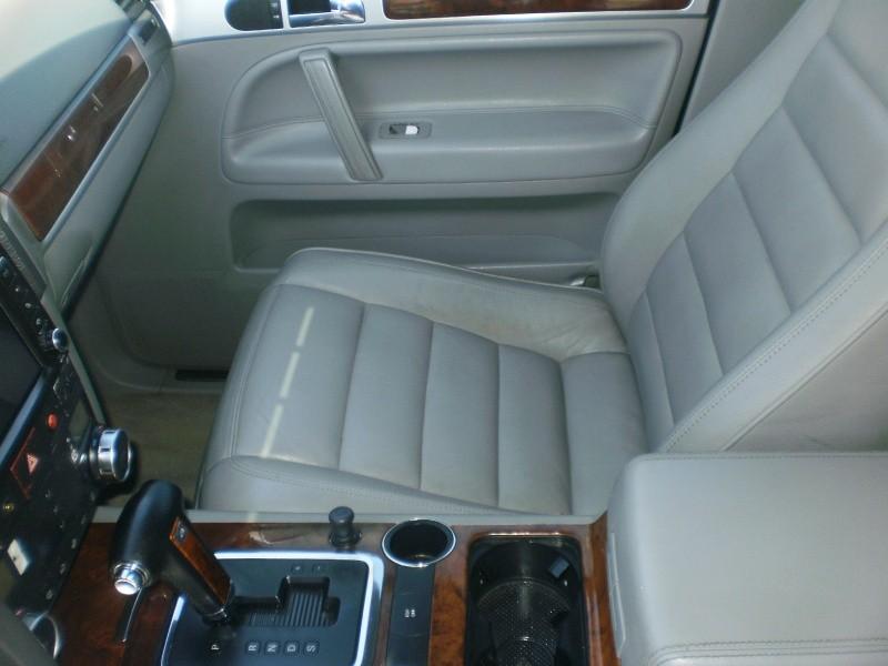 Volkswagen Touareg 2004 price $6,900