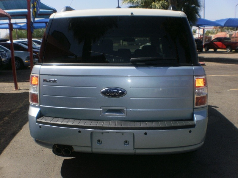 Ford Flex 2009 price $8,900
