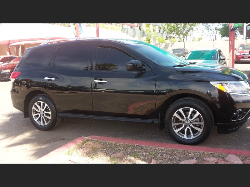 Nissan Pathfinder 2013 price $12,900