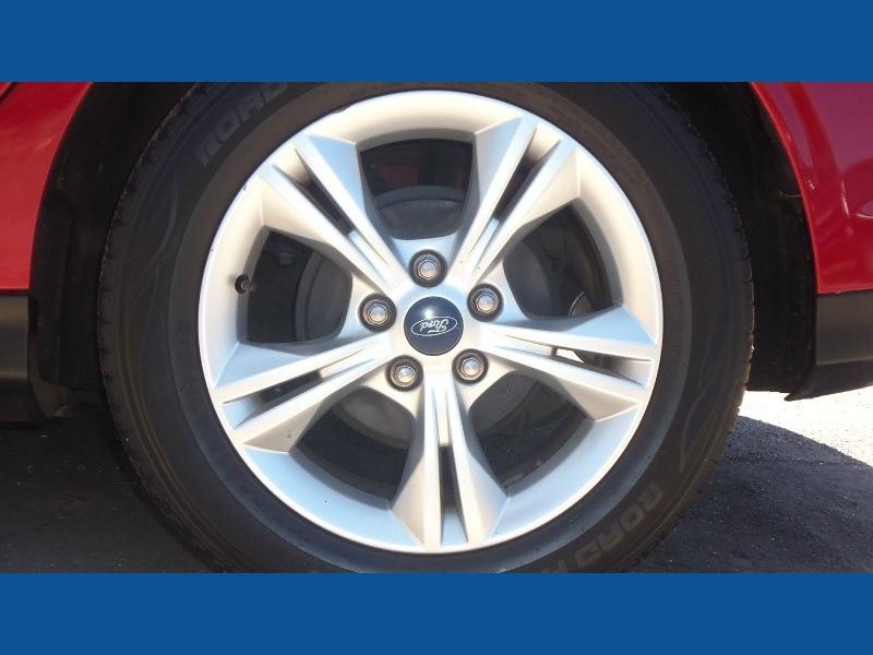 Ford Focus 2013 price $7,900