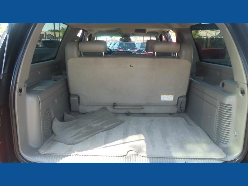 GMC Yukon XL 2005 price $4,900