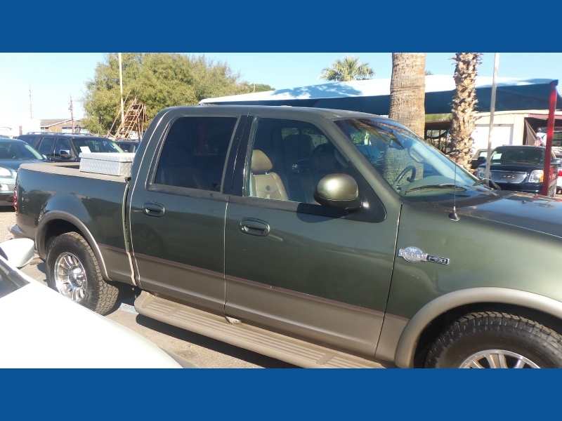 Ford F-150 SuperCrew King Ranch 2001 price $0
