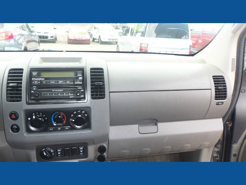 Nissan Frontier 4WD 2005 price $8,300