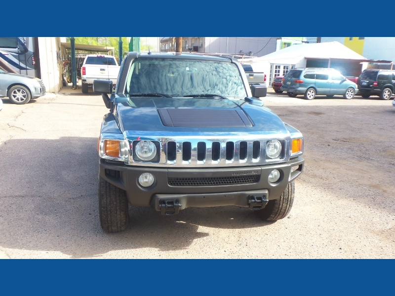 Hummer H3 2007 price $8,900