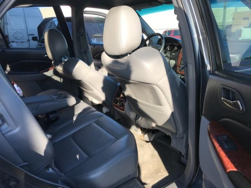 Acura MDX 2005 price $3,995