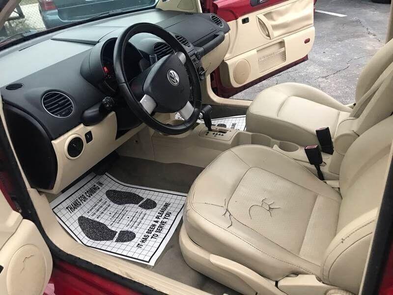 Volkswagen New Beetle Coupe 2009 price $3,995