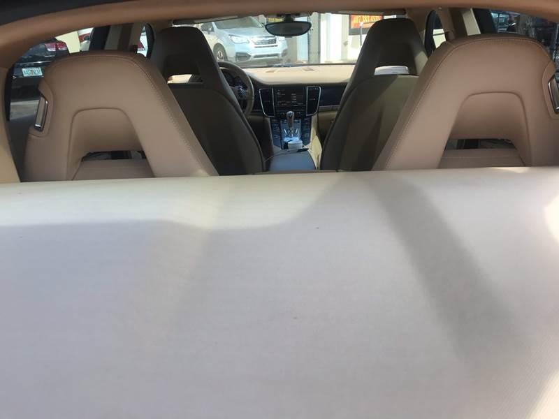 Porsche Panamera 2011 price $32,995