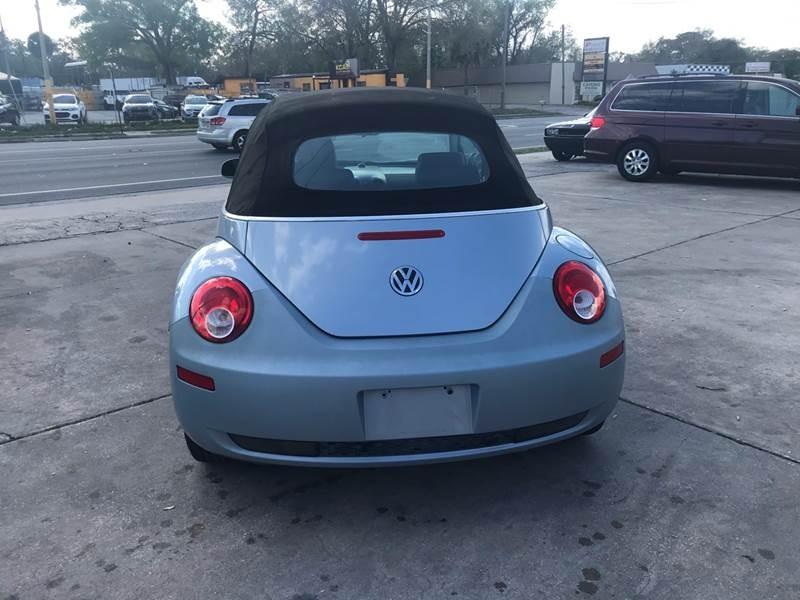 Volkswagen New Beetle Convertible 2009 price $5,595