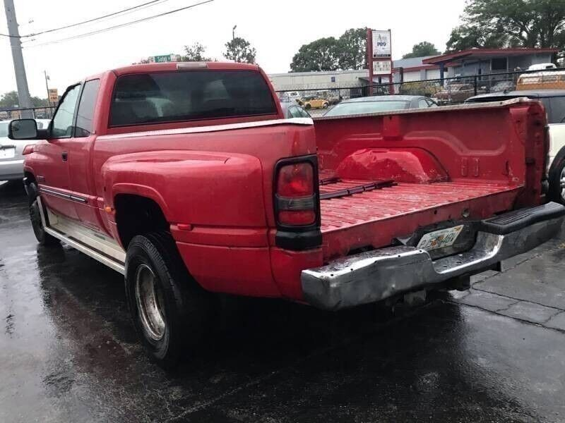 Dodge Ram Pickup 3500 2002 price $7,995