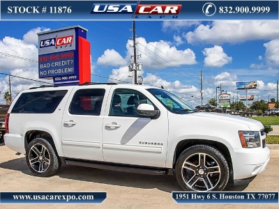 2014 Chevrolet Suburban 1500 2LT Package w/Navigation