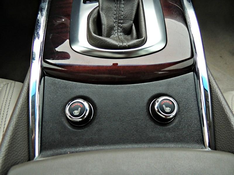 Infiniti G37 2011 price $11,900