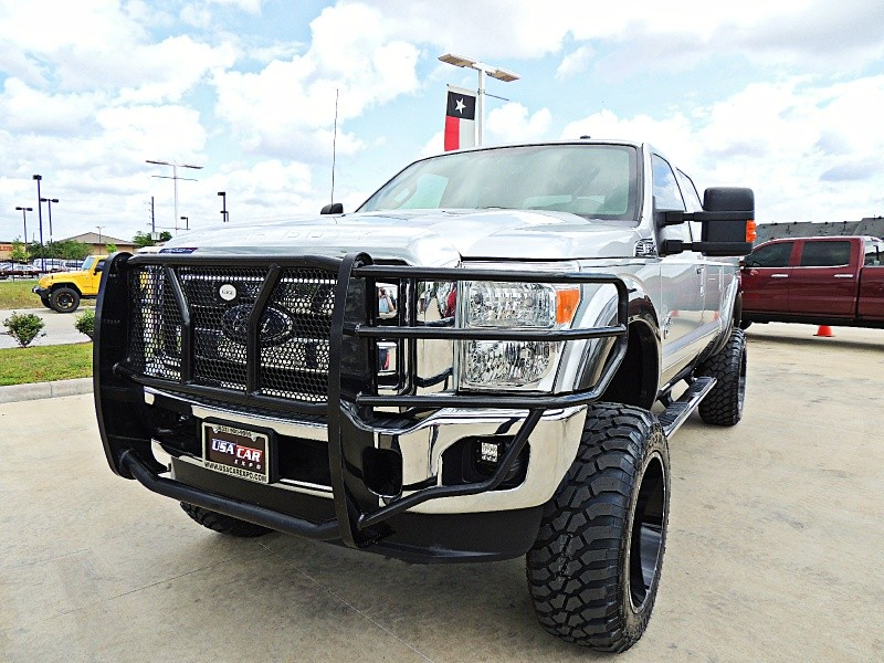 Ford F-250 Lariat 4X4 Lifted 2016 price $46,850