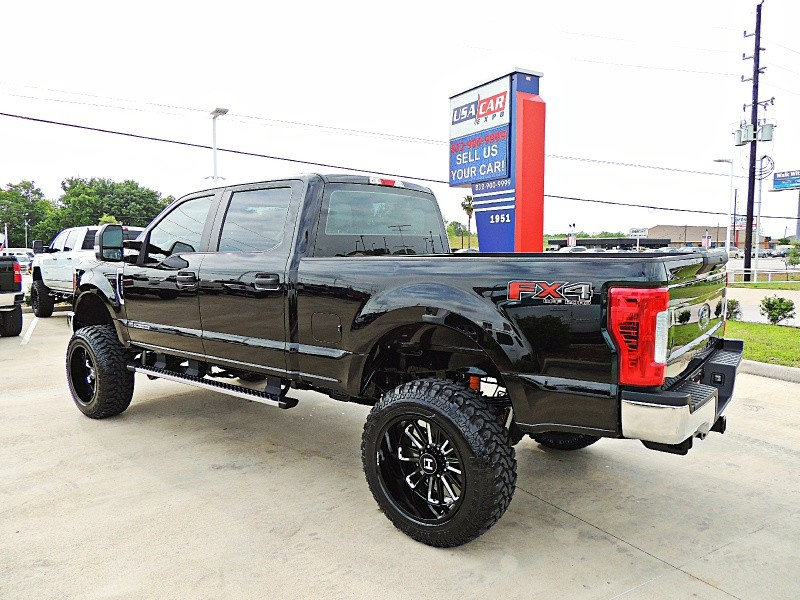 Ford F-250 4X4 Lifted 2017 price $55,900