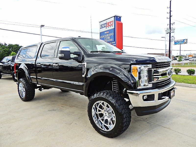 Ford F-250 XLT 4X4 Lifted 2017 price $56,900