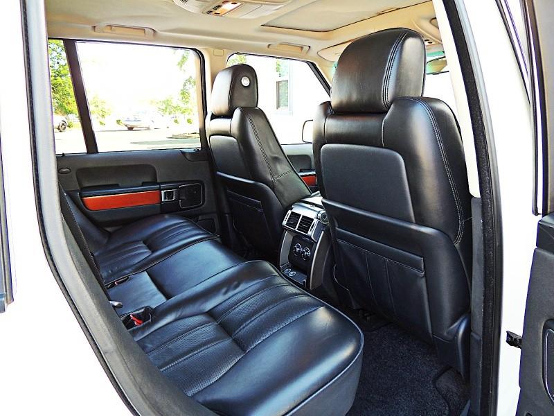 Land Rover Range Rover 2010 price $15,750