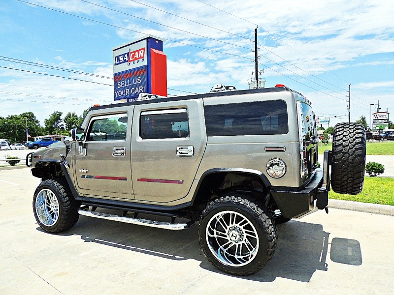 Hummer H2 2008 price $32,900