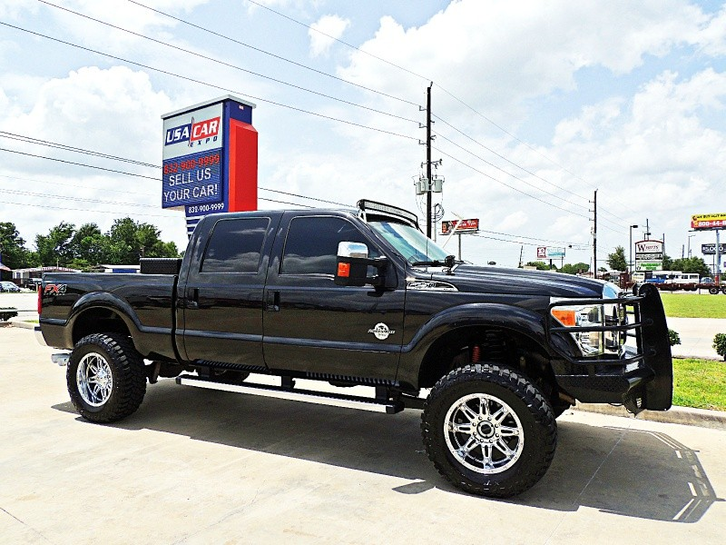 Ford F-250 Lariat 4X4 Lifted 2012 price $35,500