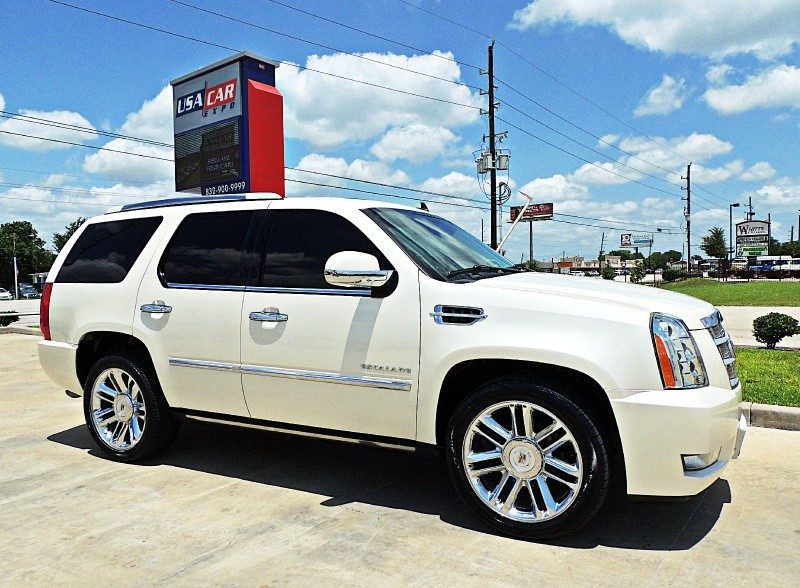 Cadillac Escalade 2011 price $26,900