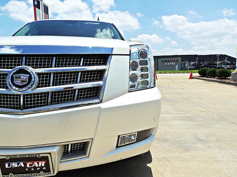 Cadillac Escalade 2011 price $26,900