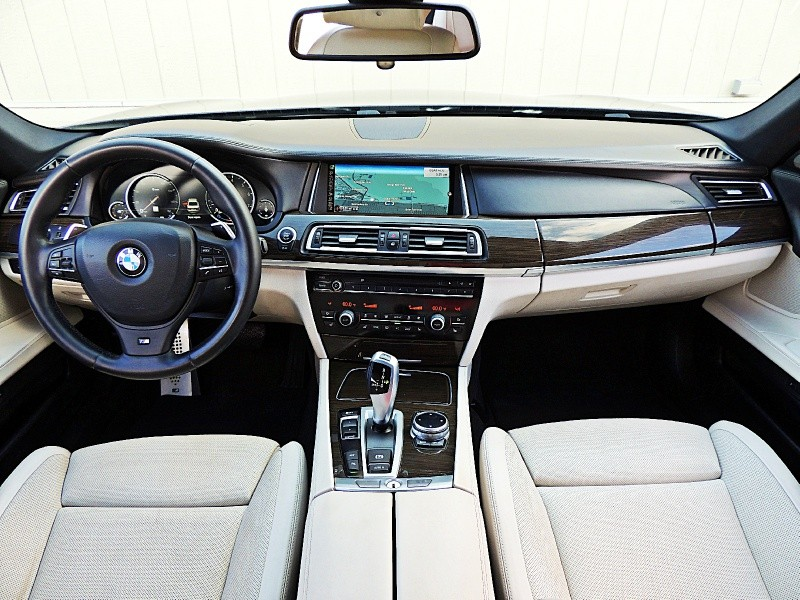 BMW 7-Series 2014 price $22,900