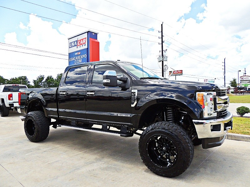 Ford F-250 XLT 4X4 Lifted 2017 price $49,850
