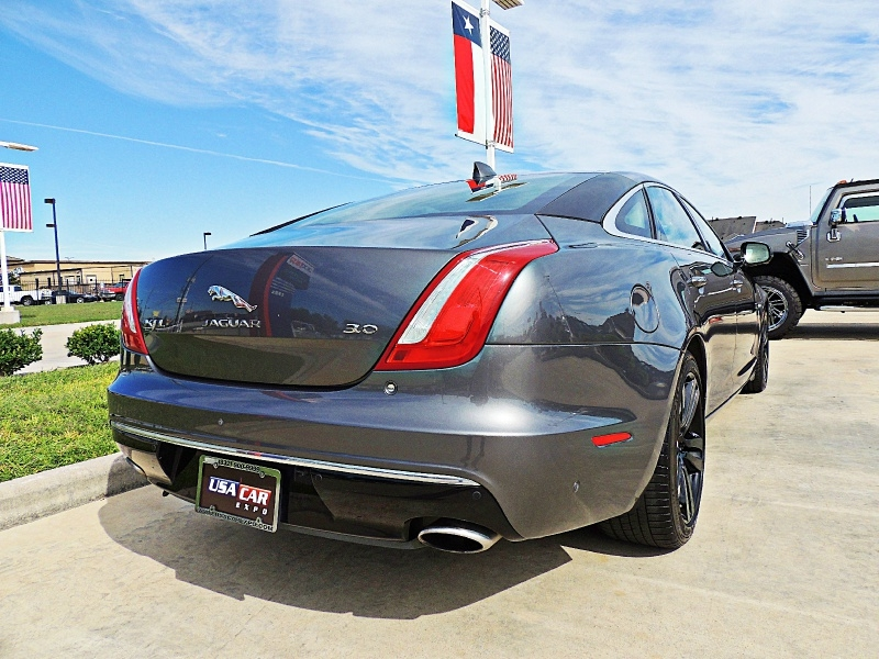 Jaguar XJ 2016 price $32,850