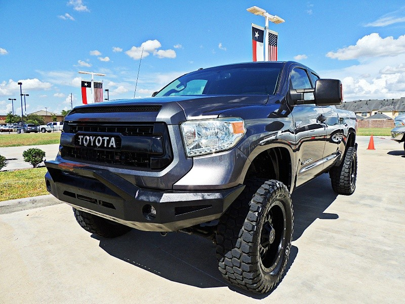 Toyota Tundra SR5 Lifted 5.7L 2014 price $25,450