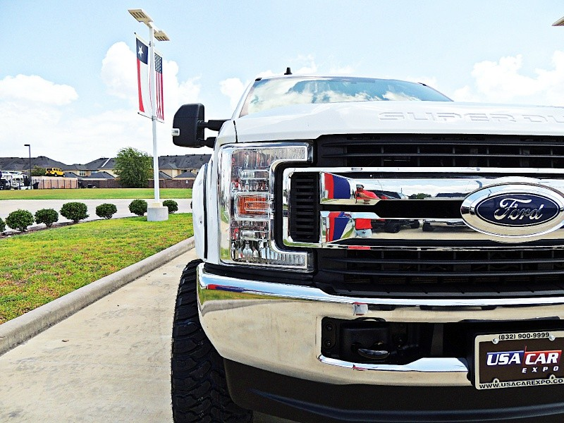 Ford F-250 XLT 4X4 Lifted 2019 price $52,900