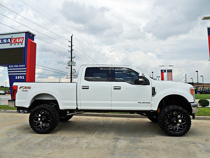 Ford F-250 XLT 4X4 Lifted 2017 price $46,450