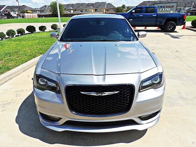 Chrysler 300 S 2017 price $20,200