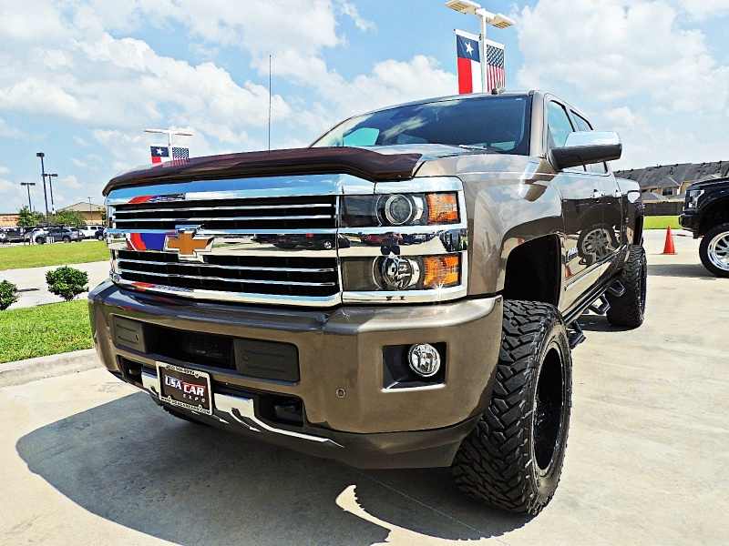 Chevrolet Silverado 2500HD High Country 4X4 Lifted 2015 price $43,900