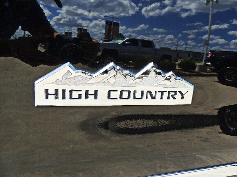 Chevrolet Silverado 3500HD High Country 4X4 Lifted 2015 price $44,850