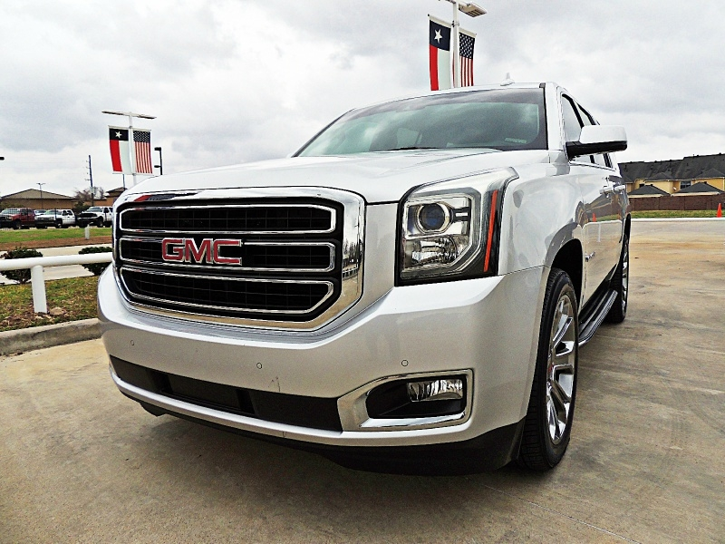GMC Yukon 2017 price $32,750