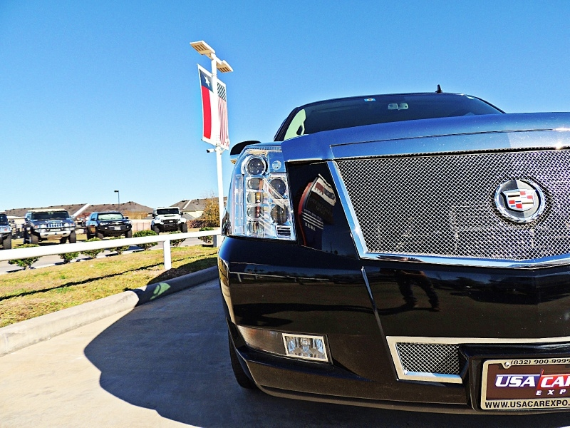 Cadillac Escalade 2014 price $29,990