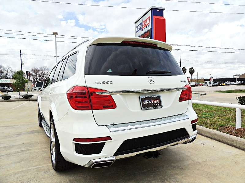 Mercedes-Benz GL 550 AMG Sport Package 4Matic 2016 price $36,900