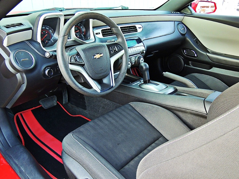 Chevrolet Camaro 2015 price $13,750