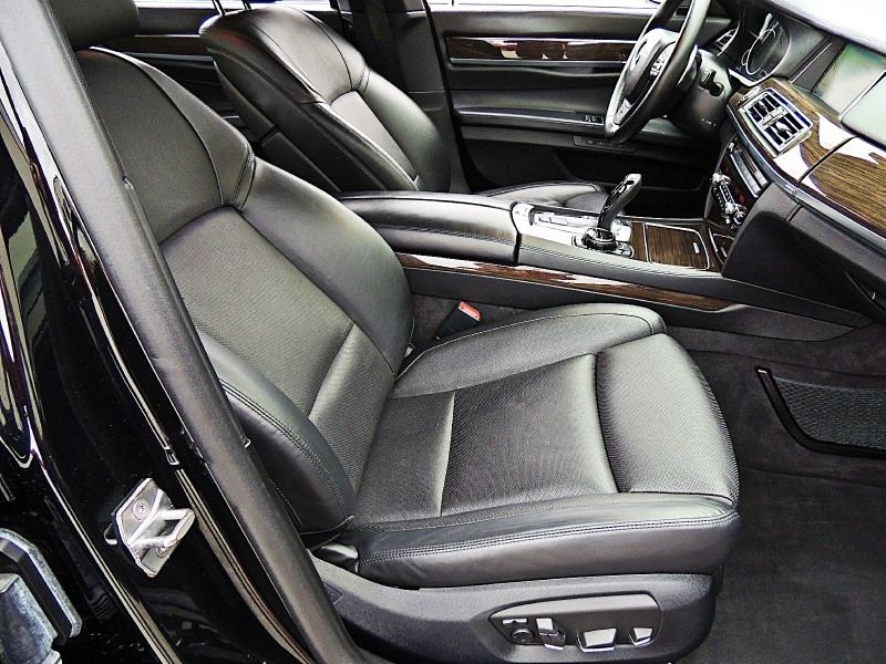 BMW 7-Series 2014 price $25,500